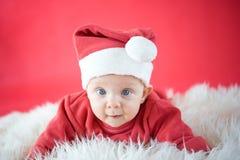 逗人喜爱的婴孩圣诞老人 免版税图库摄影