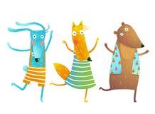 逗人喜爱的小动物兔子Fox熊跳舞或扮演穿衣裳的孩子角色 免版税库存照片