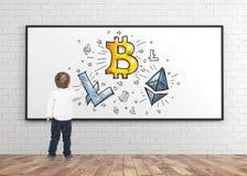 逗人喜爱的小男孩图画标志隐藏货币 免版税库存照片