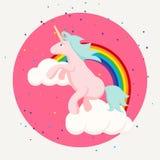 逗人喜爱的愉快的独角兽和彩虹云彩T恤杉设计 免版税图库摄影