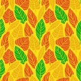 逗人喜爱的手拉的秋天留下装饰品 五颜六色的传染媒介无缝的样式 库存例证