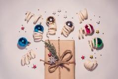 逗人喜爱的新年构成 礼品 库存图片
