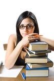 逗人喜爱的新深色的学员女孩。 免版税库存图片