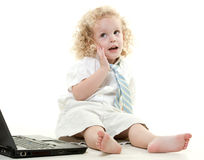 逗人喜爱的新白肤金发的小孩犹太男孩 库存图片