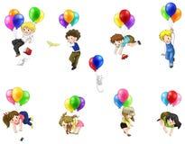 逗人喜爱的漂浮在与气球的天空的动画片人民和孩子 库存照片