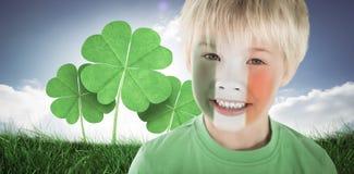 逗人喜爱的爱尔兰男孩的综合图象 库存图片