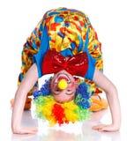 逗人喜爱的男孩小丑 免版税库存照片