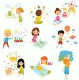 逗人喜爱的画与颜色油漆和铅笔的小男孩和女孩设置了,年轻艺术家,孩子活动惯例传染媒介 皇族释放例证