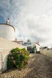逗人喜爱的白色房子在葡萄牙,辛特拉 图库摄影