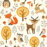 逗人喜爱的秋天森林样式 库存照片
