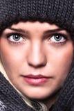逗人喜爱的穿戴的女孩冬天 库存图片