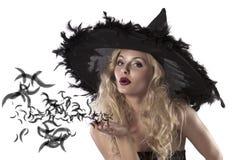 逗人喜爱的纵向性感的巫婆 免版税库存照片