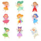 逗人喜爱的美丽的矮小的飞过的神仙、可爱的不同的颜色女孩有头发的和礼服导航例证在a 皇族释放例证