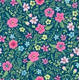 逗人喜爱的花卉模式 免版税库存照片