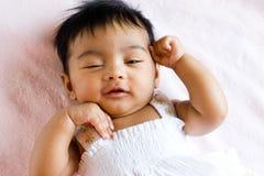 逗人喜爱的表达式印地安人婴儿 免版税库存图片