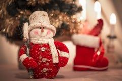 逗人喜爱的雪人玩具-圣诞节装饰品 免版税库存照片