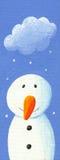 与雪云彩的逗人喜爱的雪人 免版税库存照片