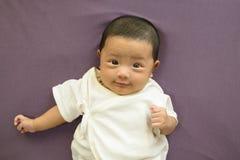逗人喜爱的婴孩 免版税库存图片