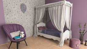 逗人喜爱的紫色女孩` s室 免版税库存照片