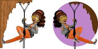 逗人喜爱的年轻非裔美国人的妇女登山家 免版税图库摄影