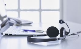 通信保障、电话中心和顾客服务询问台 免版税库存照片