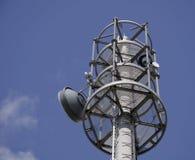 通信无线电铁塔 免版税库存照片