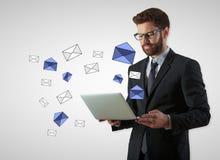 通信概念e电子邮件邮件许多符号 免版税库存照片
