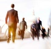 通勤者商人通勤者人群走的大教堂Concep 库存图片