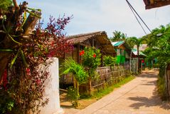 通常地方农村房子在Apo海岛,菲律宾 免版税库存图片