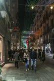 通过罗马那不勒斯,对圣诞节的街道装饰 库存照片