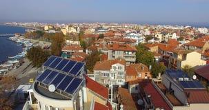 通过老波摩莱的黏土屋顶远航在保加利亚 免版税库存照片