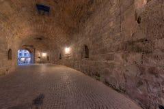 通过隧道 免版税库存图片