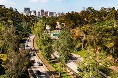 通过巴波亚公园陈述路线163入街市圣地亚哥 免版税库存照片