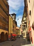 通过Camminata在贝林佐纳 小行政区提契诺州,瑞士 免版税库存照片