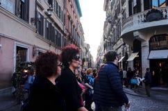 通过dei Condotti街道,罗马 免版税库存照片