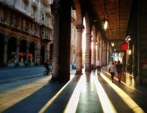 通过XX Settembre看法在赫诺瓦,利古里亚地区,意大利 免版税图库摄影