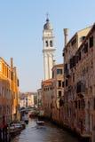通道夜间威尼斯 免版税库存照片
