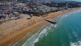 通风 渔夫壮观的海滩,在阿尔布费拉,从天空的看法 葡萄牙 影视素材
