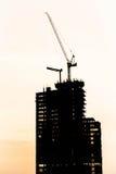 建造场所剪影 免版税库存图片