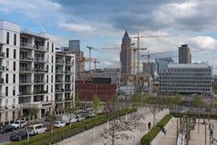 建造场所在法兰克福, Europaviertel一个新的区  库存照片