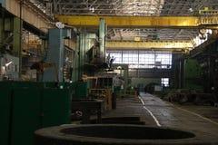 建造机器的工厂 免版税图库摄影