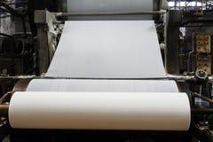 造纸机在工厂 库存图片