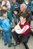 建造者 退伍军人的分开词Nestenar比赛的在保加利亚人村庄  库存照片