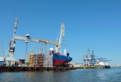 造船厂在格丁尼亚 免版税库存照片