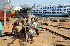 造船厂在达卡,孟加拉国 免版税库存照片