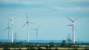 造风机和电力定向塔 股票视频