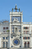 黄道带尖沙咀钟楼在威尼斯,意大利 免版税库存照片