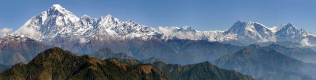 道拉吉里峰和安纳布尔纳峰Himal 库存照片
