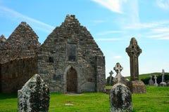 道林, Clonmacnoise,爱尔兰寺庙  免版税库存图片