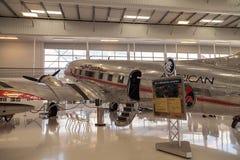 道格拉斯DC-3飞机告诉了Flagship橘郡 免版税库存图片